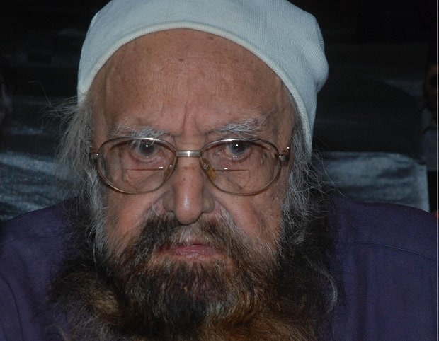 (A File Photo) Indian novelist and journalist Khushwant Singh who died at the age of 99 on March 20, 2014. Born on 2nd Feb 1915, in Hadali of undivided Punjab, Singh was the founder-editor of Yojana and editor of other leading publications. He was awarded Padma Vibhushan in 2007. (Photo: IANS)