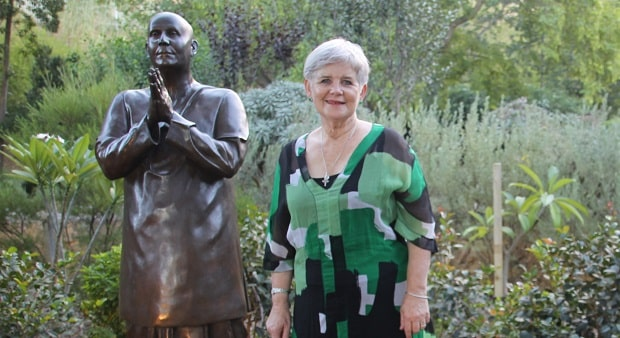 Mayor Sue Doherty and Sri Chinmoy