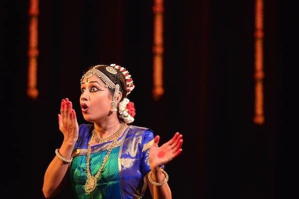 Priya Murali.Indian Link