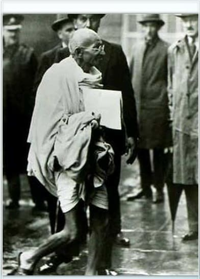 Gandhi1.Indian Link