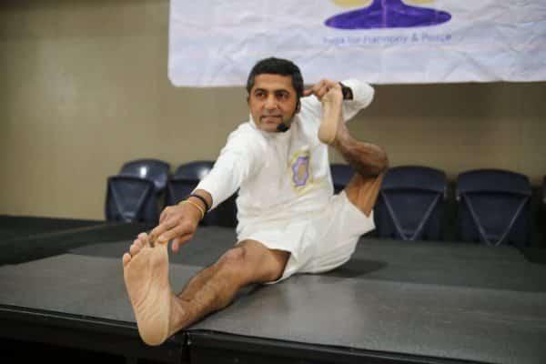 Yoga8.Indian Link