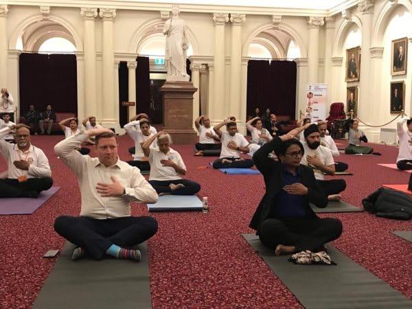 Yoga3.Indian Link