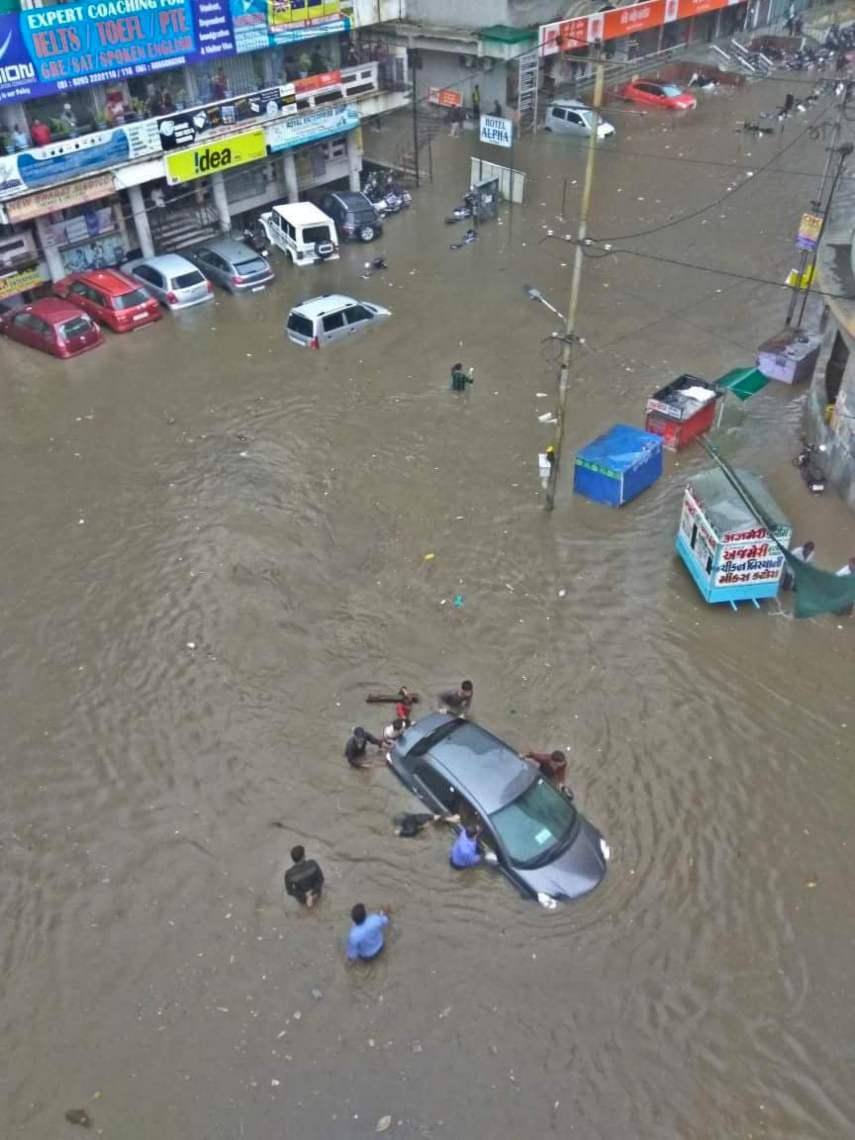 rains. indian link